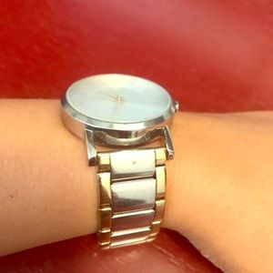 DKNY Watch, a very classic minimalist watch.
